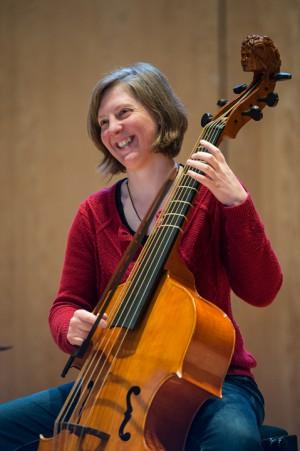 Alison McGillivray, violone